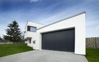 Posuvná garážová vrata